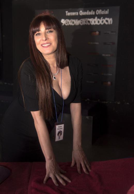 porno por mega masajistas y escorts
